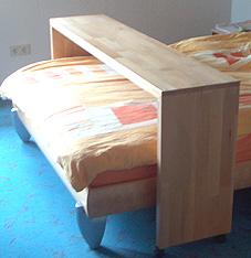 schlafzimmer kommode kernbuche massiv innenr ume und m bel ideen. Black Bedroom Furniture Sets. Home Design Ideas